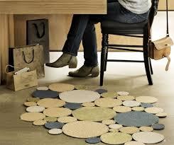 tappeto con tappi di sughero creazioni in sughero riciclo creativo