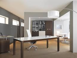 cuisine mobile professionnelle cuisine bureau professionnel design avec plateau laquã blanc modã