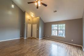 Laminate Flooring Memphis 1583 Beaver Trail Memphis Tn 38016 Mls 10011515