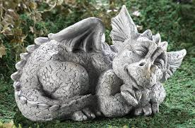 garden sculpture large and gargoyle statues