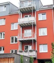 balkon sichtschutz grau ein schattiges plätzchen balkon sichtschutz sonnenschutz mit