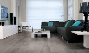 Shiny Laminate Floors Titanyum Meşe 557 Laminat Zemin Kaplaması Magnitude I Mat Parlak