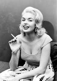 jayne mansfield smoking 24 femmes per second