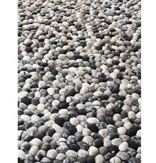 Pebble Rug | wool felt pebble rug gfurn