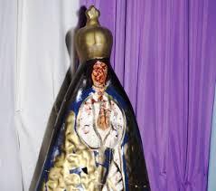 imágenes religiosas que lloran sangre dos imágenes de la virgen de caacupé lloran sangre desde la semana