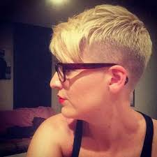 very short pixie hairstyle with saved sides very fashionable pixie cuts for ladies short hairstyles 2017