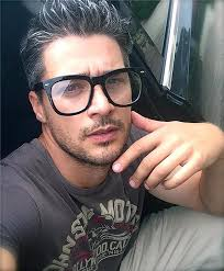 mens hair cuts for wide face how to match men s hair cut with glasses lenskart blog