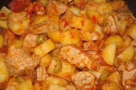 cuisiner sauté de porc recette de sauté de porc aux tomates et olives la recette facile