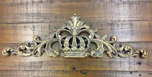wooden crown wall wall design
