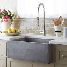 Kitchen Sinks With Backsplash Chic Kitchen Using Subway Tile Backsplashes And Pull Out Faucet