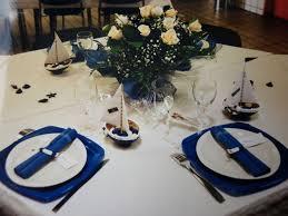 mariage bleu et blanc table la mer blanc et bleu les créations déco de marsouille