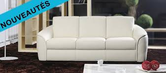 coussins canapé le canapé est un canapé cuir 3 places avec 3 coussins