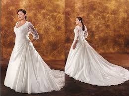 plus size wedding gowns sleeved plus size wedding gown 400