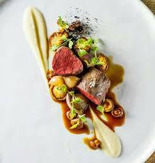 plat de cuisine plat de viande et lègumes de inconnu chef food