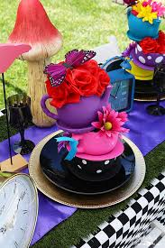 Mad Hatter Tea Party Centerpieces by We U0027re All Mad Here A Mad Tea Party Michelle U0027s Party Plan It