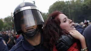 policia y manifestacion