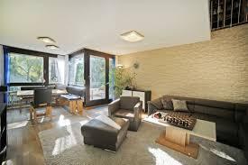 Wohnzimmer Mit Offener K He Modern Wohnungen Zum Verkauf Puchheim Mapio Net