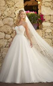 princess style wedding dresses beautiful princess wedding dress the wedding