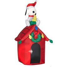 Snoopy Outdoor Christmas Decorations Gemmy Snoopy The Red Baron Christmas Lighted Airblown Inflatable