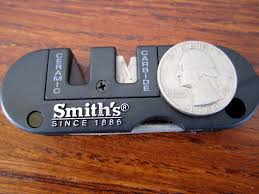 how to sharpen serrated knives smith u0027s pocket pal sharpener review