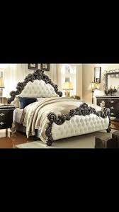 Modern Furniture Bedroom Set by Hds Hd7266 Distressed Pearl Finish 4 Post Victorian Bedroom Set