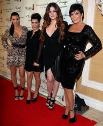 more pics of kris jenner side parted straight cut 4 of 4 short