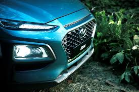 2018 hyundai kona headlight photos first pictures 2018