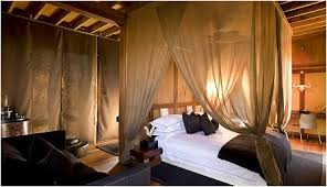 African Themed Bedrooms Bedroom Decor Inspired By Glamorous African Bedroom Decorating