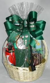 gift basket ideas for women golfing essentials gift basket for men and women
