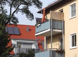 seitenschutz balkon bambus als sichtschutz mit natürlichem ambiente auf dem balkon