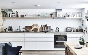 organisation du travail en cuisine idées d organisation pour la cuisine inspirées d un appartement