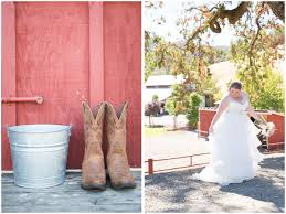 red barn ranch lacey dave jen philips lifestyle wedding