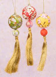 paper tassel ornaments home décor ornaments isbn