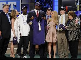 The Blind Side Player Blind Side Michael Oher Cut By Carolina Panthers
