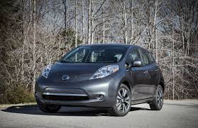 nissan leaf lease deals 2012 2013 nissan leaf electric cars get 5 000 lease buyout credit