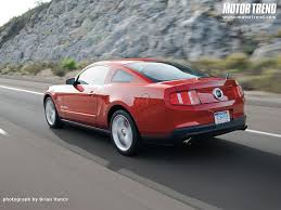 2010 mustang spoiler who s getting is 2011 gt with spoiler delete the mustang