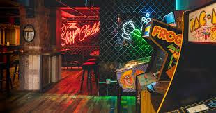 Top 100 College Bars Most Important Nyc Bars A New York City Bar Bucket List Thrillist