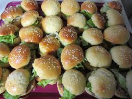 cuisiner pour 50 personnes recette mini burger apéritif idéal pour apéro dinatoire