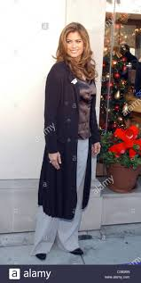 Pictures Of Kathy Ireland by Kathy Ireland Elizabeth Taylor Unveils House Of Taylor Jewelry