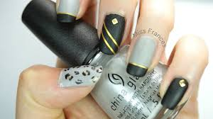 easy nail design for beginners black gold and grey matte nail