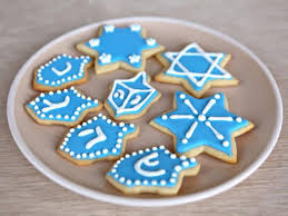 How to Decorate Sugar Cookies with Royal Icing Cookie Tutorial