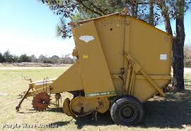 1981 vermeer 605g round baler item db2483 sold april 19