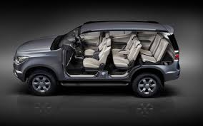 land rover thailand all new chevrolet trailblazer makes world debut in thailand