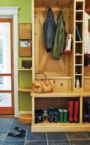 mudroom plans designs 12 best mud room images on pinterest deacons bench colonial