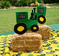 John Deere Kids Room Decor by Keenan U0027s John Deere Tractor Party Kid Birthday Ideas