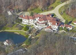 Brentwood California Celebrity Homes by 12 Biggest U0026 Baddest Rap Artists Mansions Celebrity Homes On