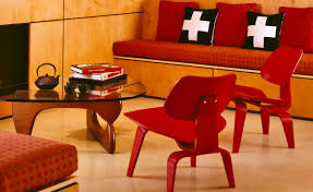 eames molded plywood lounge chair lcw hivemodern com