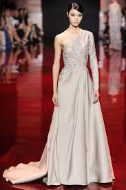 6 wedding worthy dresses from elie saab u0027s haute couture show for