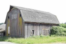 gambrell roof find and save ideas about gambrel roof on pinterest see more