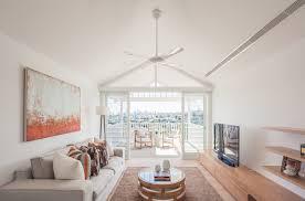 interieur et canapé design interieur intérieur blanc et bois salon moderne canapé gris